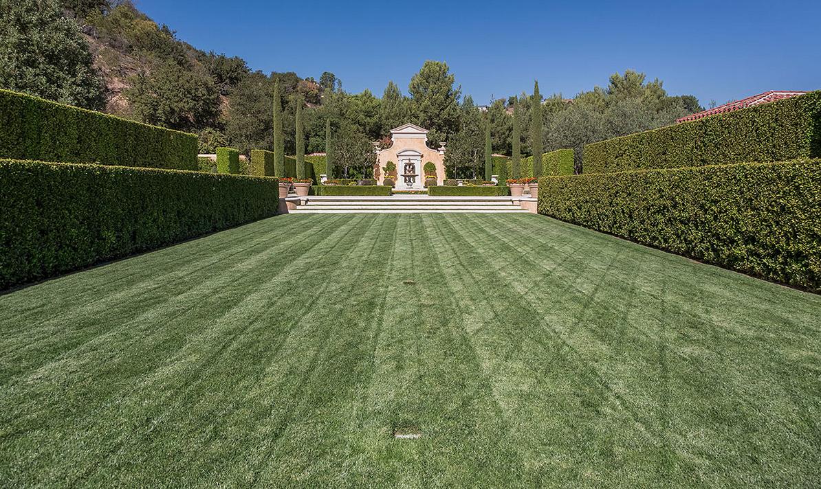 $45 Million Italianate Estate In Beverly Hills, CA