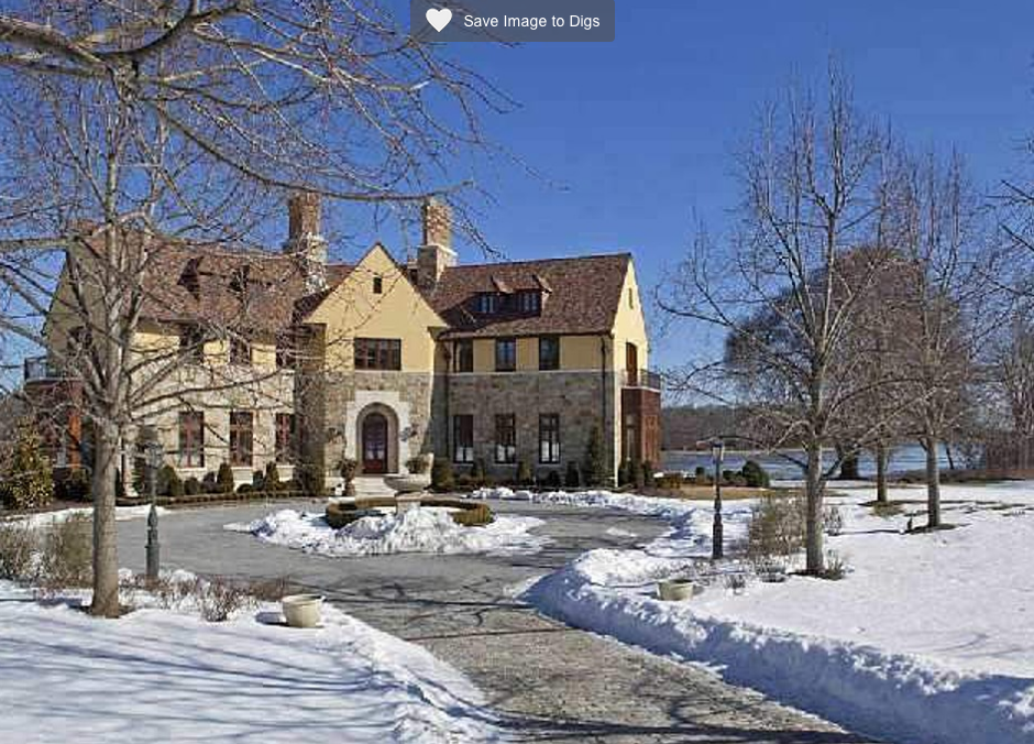 16 000 Square Foot Waterfront Mansion In Lloyd Harbor Ny