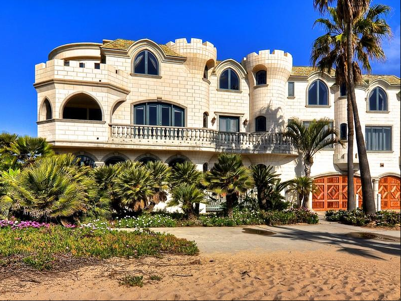 10 8 Million Sand Castle Mansion In Sunset Beach Ca