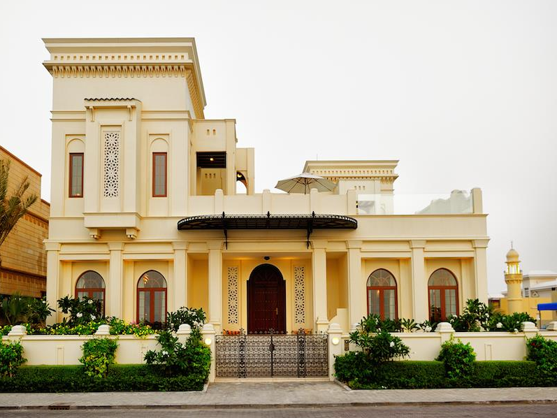 Dubai homes of the rich the 1 real estate blog for Luxury house in dubai
