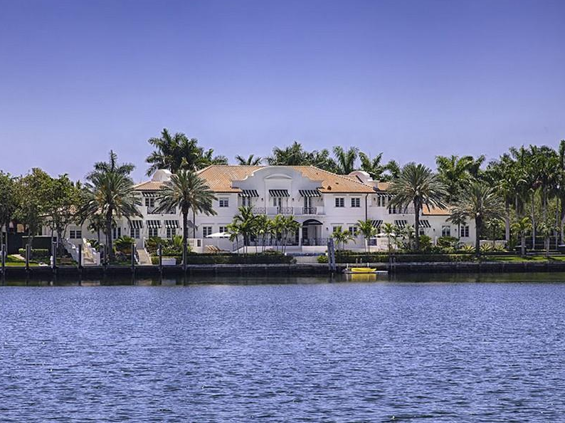 $16.9 Million Waterfront Mansion In Coral Gables, FL