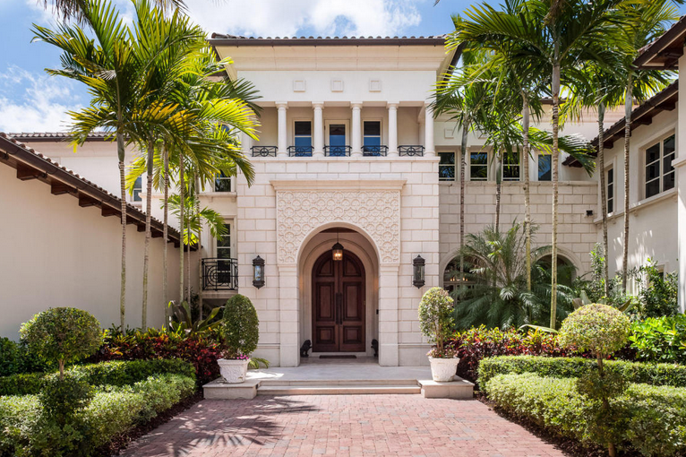 35 million newly listed 34 000 square foot mega mansion for Mega mansions in florida