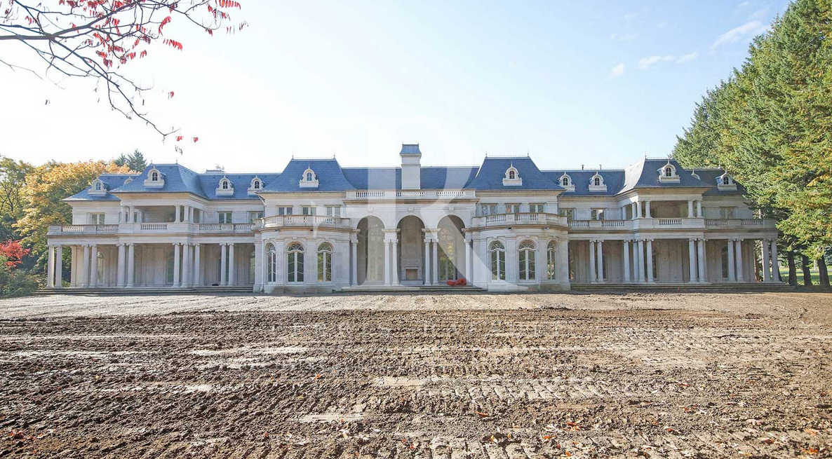 40,000 Square Foot Newly Built Mega Mansion In Mississauga, Ontario