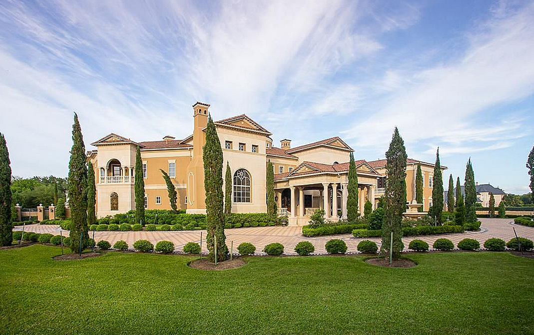 19,000 Square Foot Opulent Mansion In Sugar Land, TX
