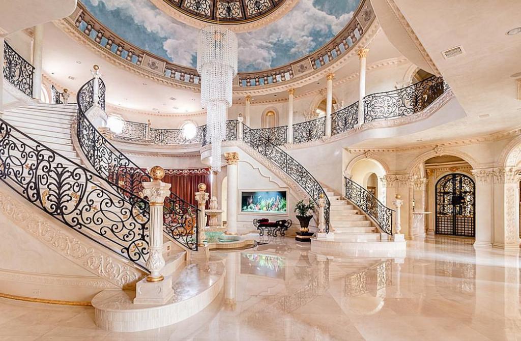 19 000 Square Foot Opulent Mansion In Sugar Land Tx Hotr