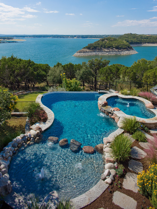 A look at some swimming pools with amazing views homes for Kenny pool design