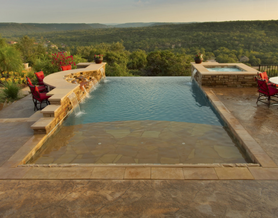 A Look At Some Swimming Pools With Amazing Views