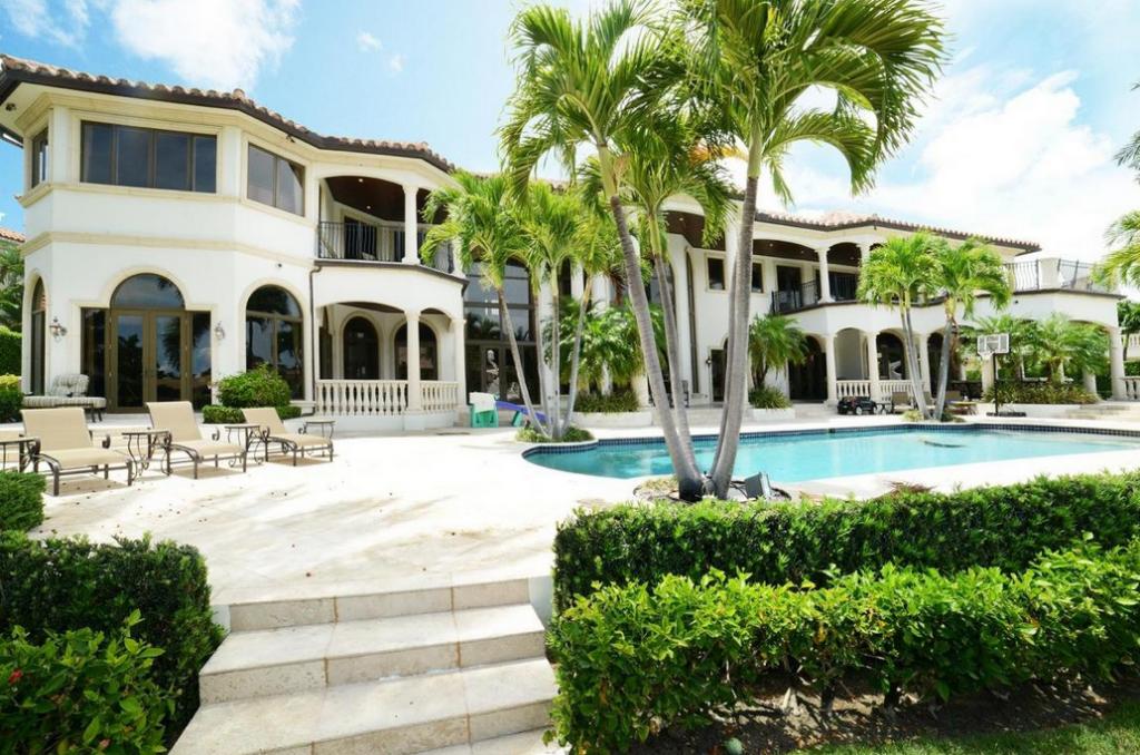 13 5 Million Waterfront Mediterranean Mansion In Boca