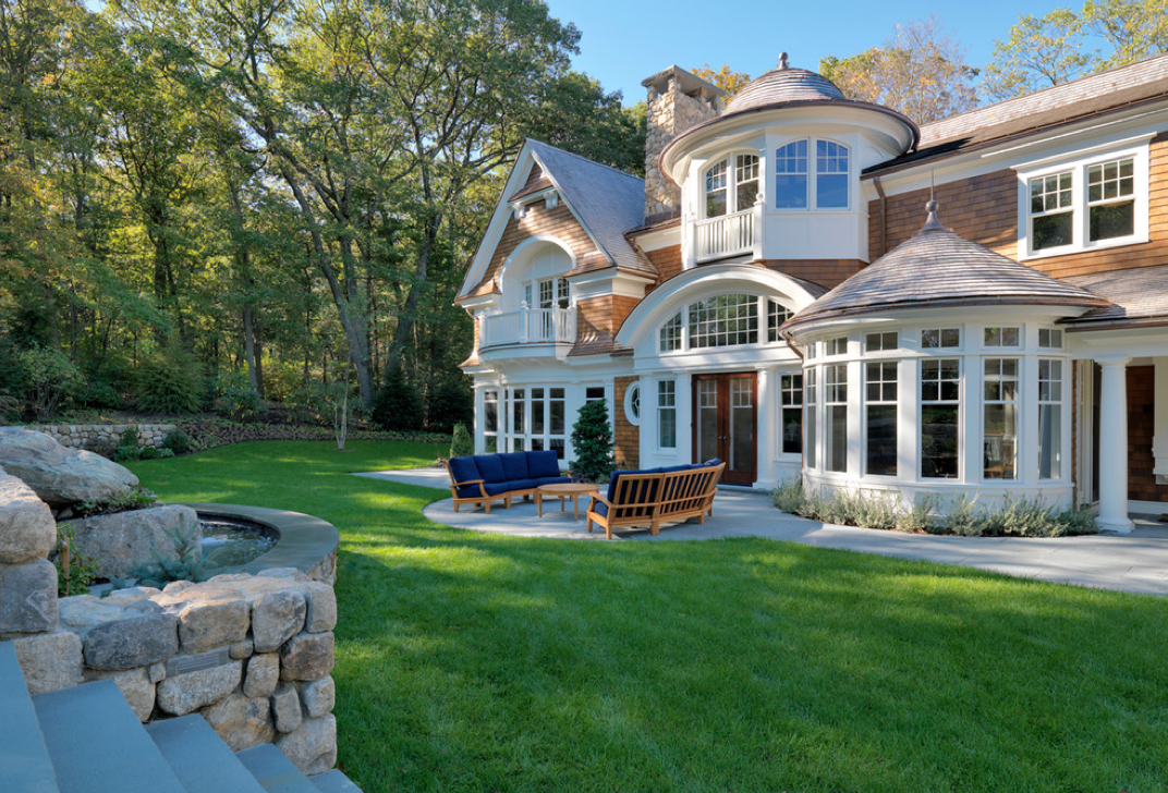 Classic Shingle Mansion In Boston By Jan Gleysteen Architects, Inc