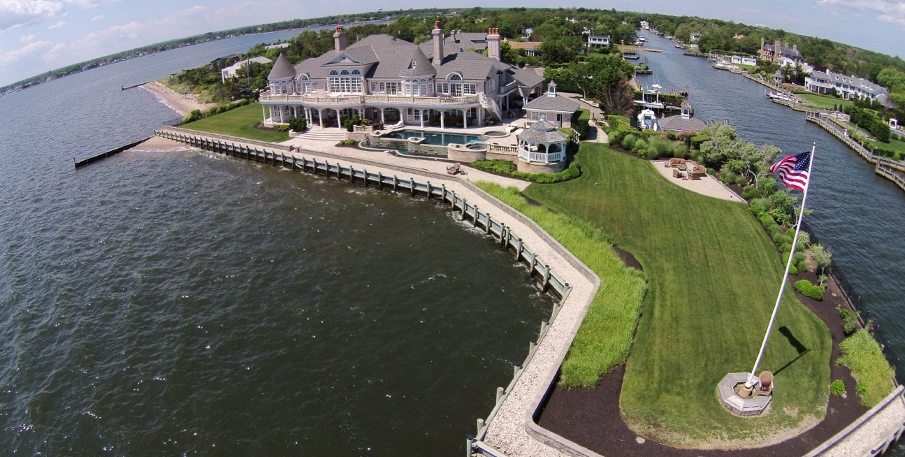 $7 Million Waterfront Mansion In Islip, NY