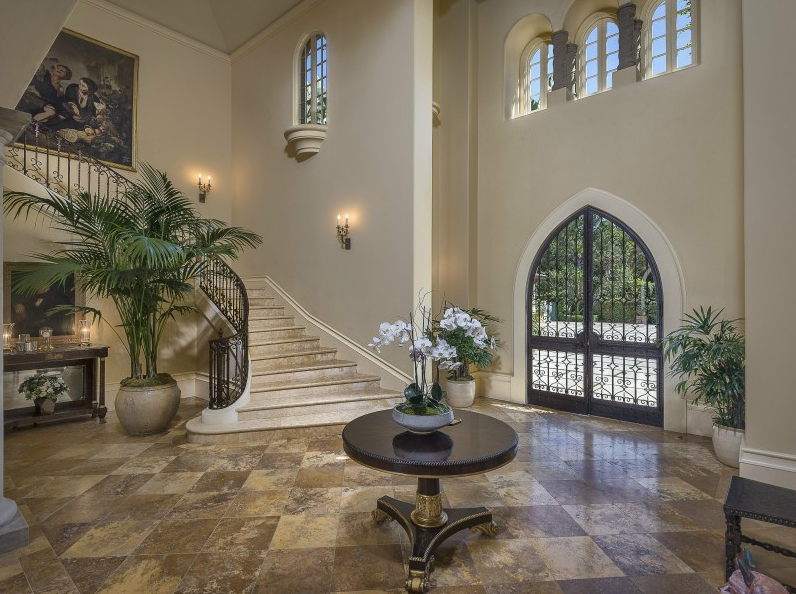 Gorgeous 15 9 Million Estate In Santa Barbara Ca Homes Of The Rich