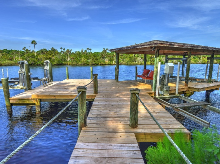 $4.25 Million Waterfront Mansion In Ormond Beach, FL With Backyard Oasis
