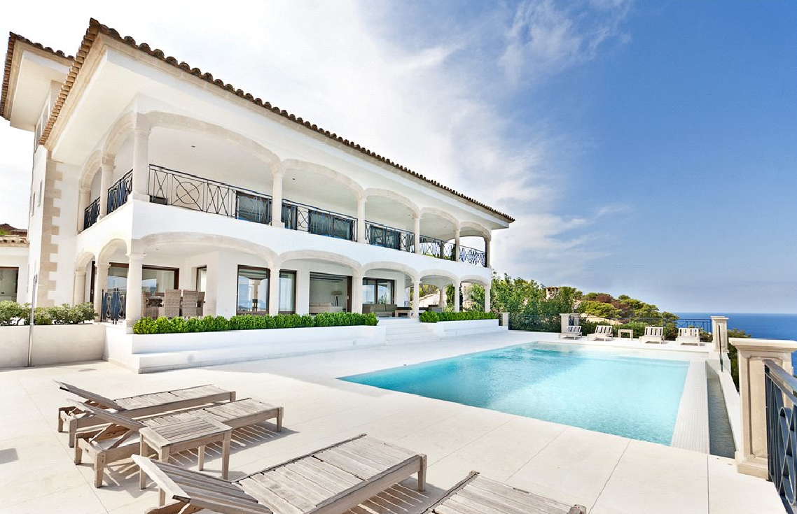 €15 Million Contemporary Waterfront Mansion In Mallorca, Spain