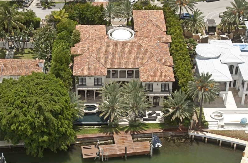 $16.495 Million Newly Listed Waterfront Mansion In Miami Beach, FL