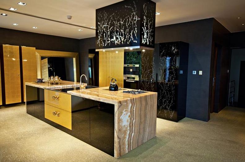 42 000 Square Foot Modern Mega Villa In Dubai Homes Of The Rich
