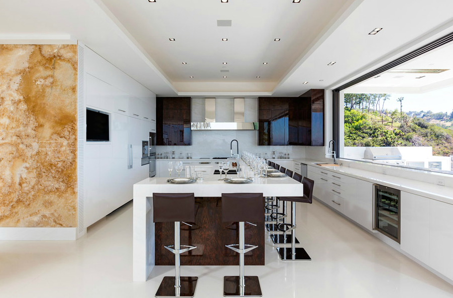 A Jaw Dropping 85 Million Modern Pocket Listing In