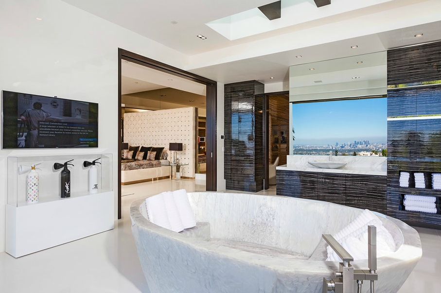 a jaw dropping 85 million modern pocket listing in beverly hills ca homes of the rich. Black Bedroom Furniture Sets. Home Design Ideas