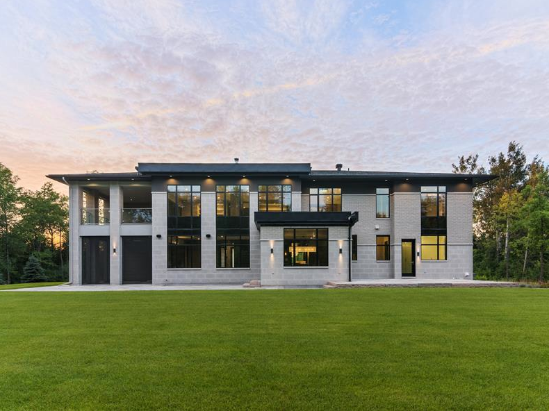 3 Million Award Winning Contemporary Home In Ottawa
