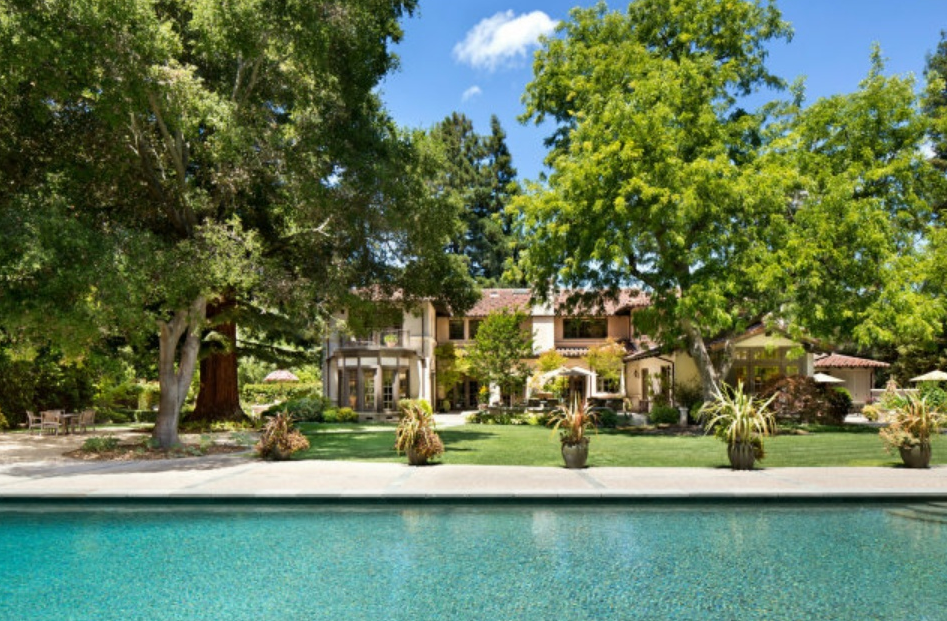 $18 Million Newly Listed Mediterranean Mansion In Atherton, CA