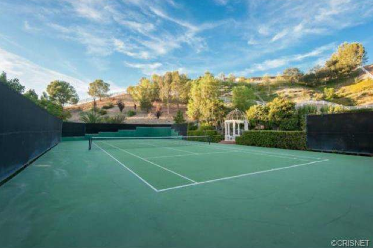 $9.9 Million Newly Listed 13,000 Square Foot Colonial Mansion In Hidden Hills, CA
