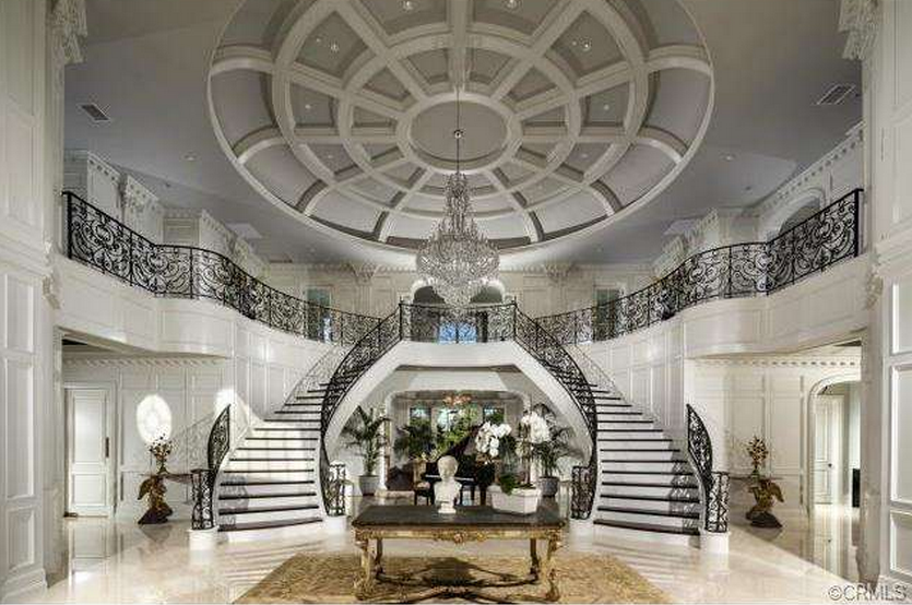 Foyer Ferme Grand Modele : Million square foot newly built mansion in