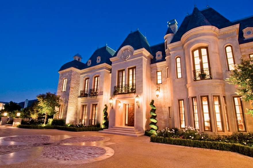 50 million 27 000 square foot french mega mansion in for Beverly hill mansions for sale