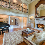 2-story Great Room w/ Fireplace