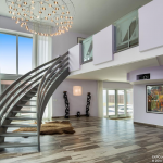 2-story Foyer w/ Floating Staircase