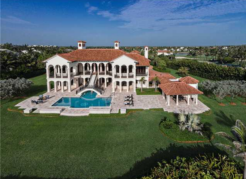 A Look At 3 Lavish Waterfront Mansions For Sale In Stuart, FL