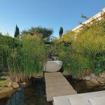 Garden w/ Soaking Tub