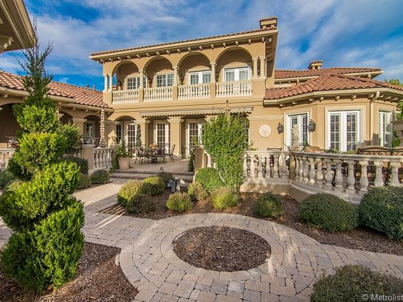 4 5 Million 11 000 Square Foot Italian Inspired Mansion