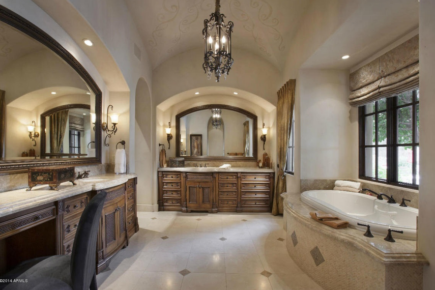 8 25 Million Spanish Style Mansion In Scottsdale Az
