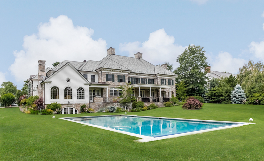 8 2 Million 10 000 Square Foot Colonial Mansion In