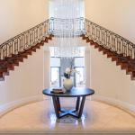 2-story Foyer w/ Double Staircae