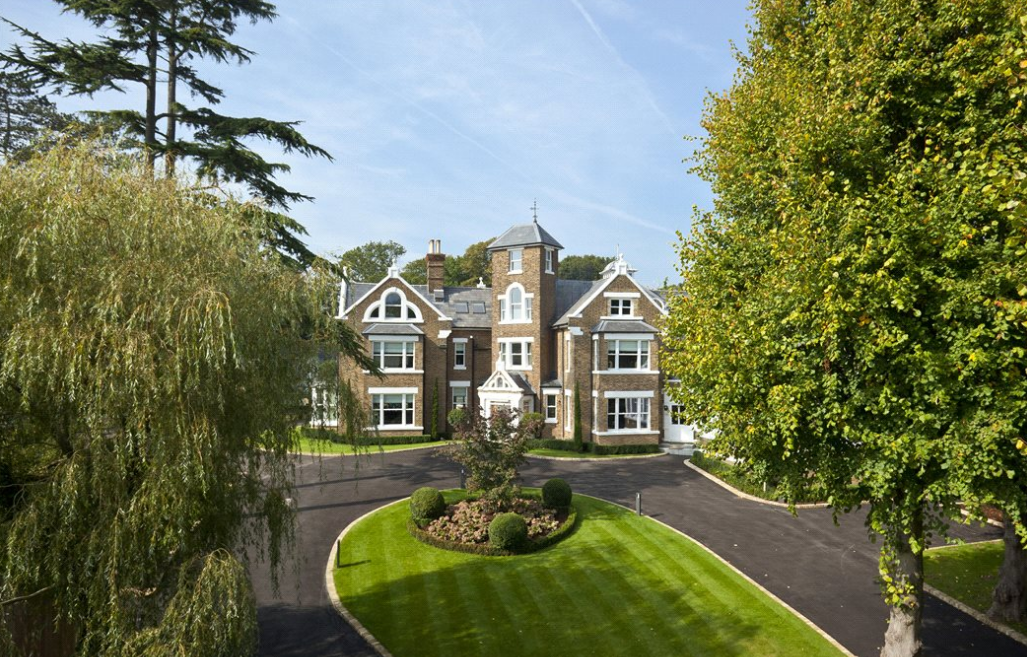 Theydon Towers A 163 7 495 Million Estate In Essex England
