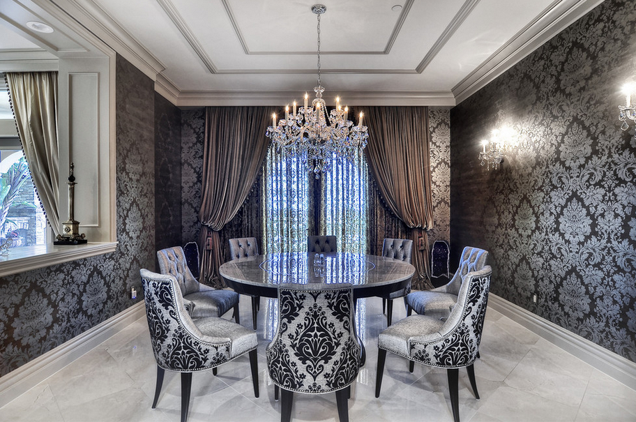 A Look At Some Dining Rooms With Circular Tables Homes Of The Rich