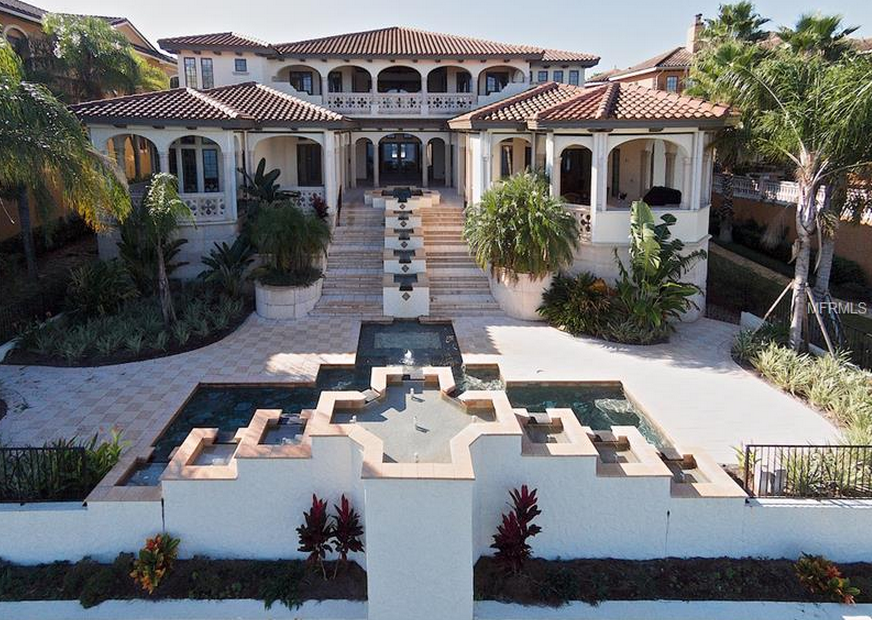 11 000 square foot tuscan inspired lakefront mansion in