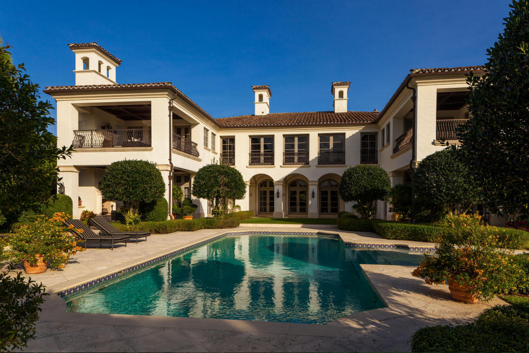 $13.5 Million Newly Listed 17,000 Square Foot Mansion In Jupiter, FL