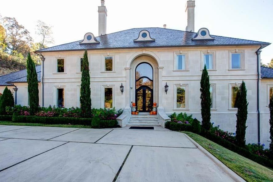 Luxury Homes Foyer