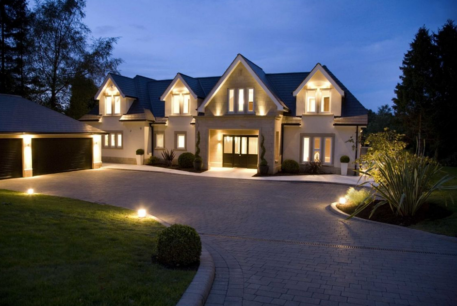 Two newly built mansions in cheshire england with indoor pools homes of the rich the 1 for Houses in england with swimming pools