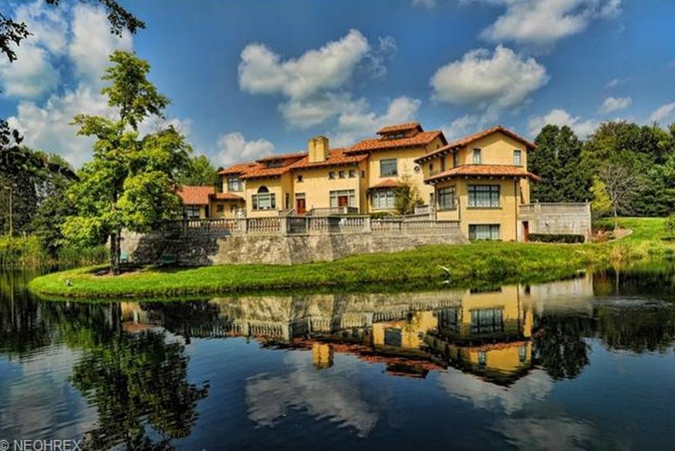25 000 square foot mediterranean estate in medina oh for Home builders in ohio