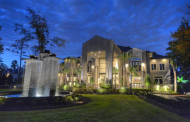 $12.9 Million Newly Listed 17,000 Square Foot Mansion In The Woodlands, TX