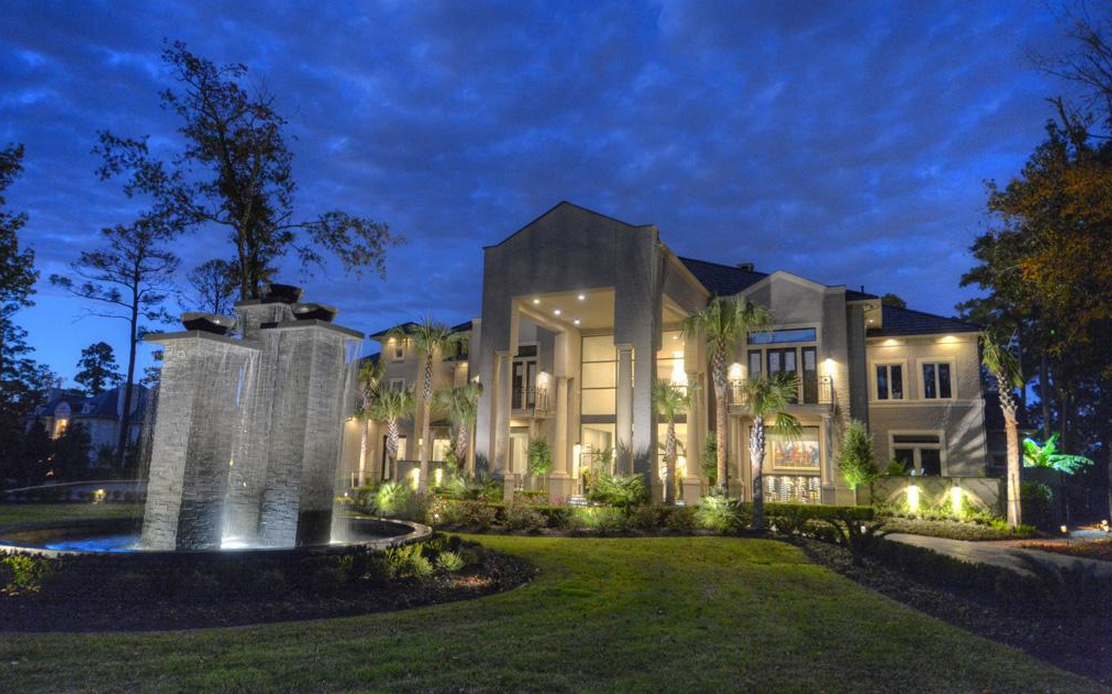 12 9 Million Newly Listed 17 000 Square Foot Mansion In The Woodlands Tx Homes Of The Rich