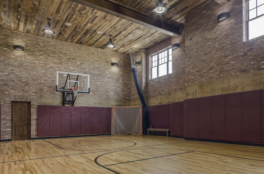 Indoor basketball courts homes of the rich the 1 real for Indoor sports court