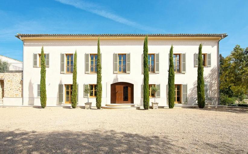 €12.5 Million 200 Year Old Mansion In Mallorca, Spain