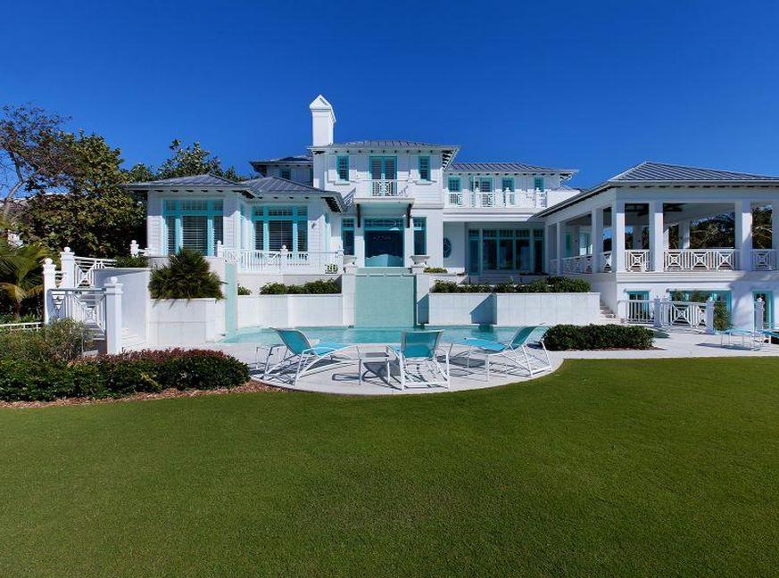 14 Million 14 000 Square Foot Beachfront Estate In