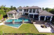 $19.9 Million Waterfront Mansion In Naples, FL