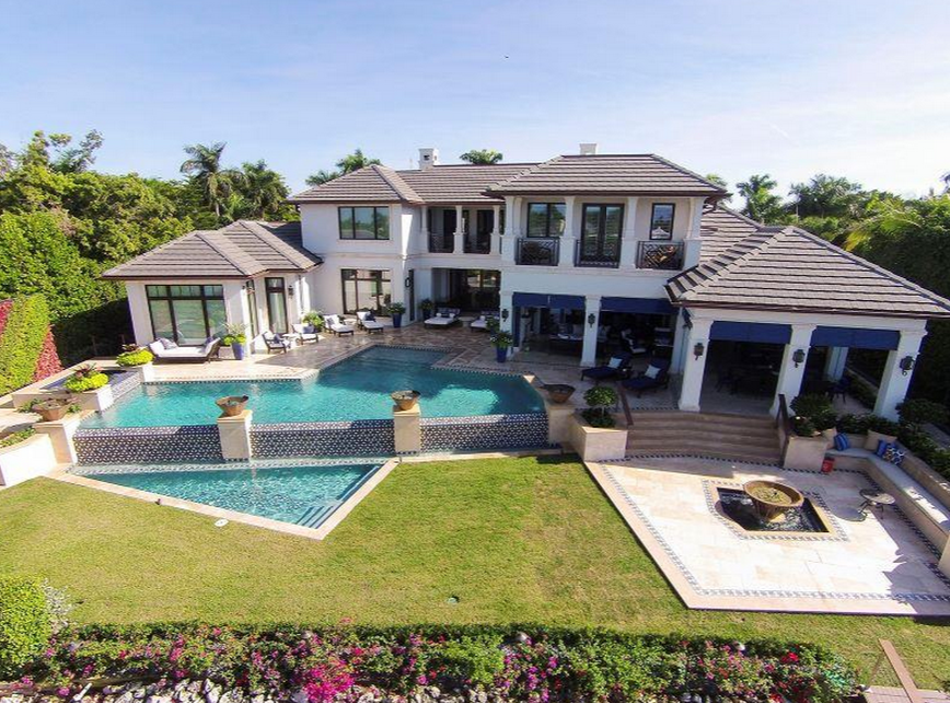 $19.9 Million Waterfront Mansion In Naples, FL