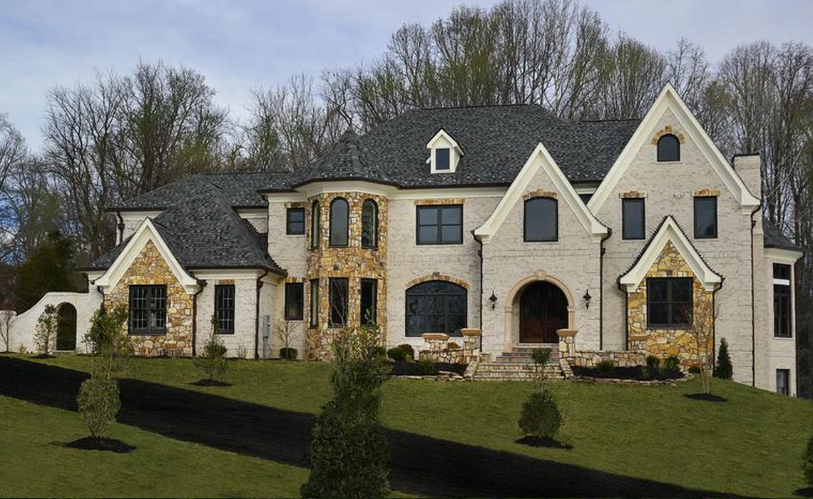 10 000 Square Foot Newly Built Brick Mansion In Great