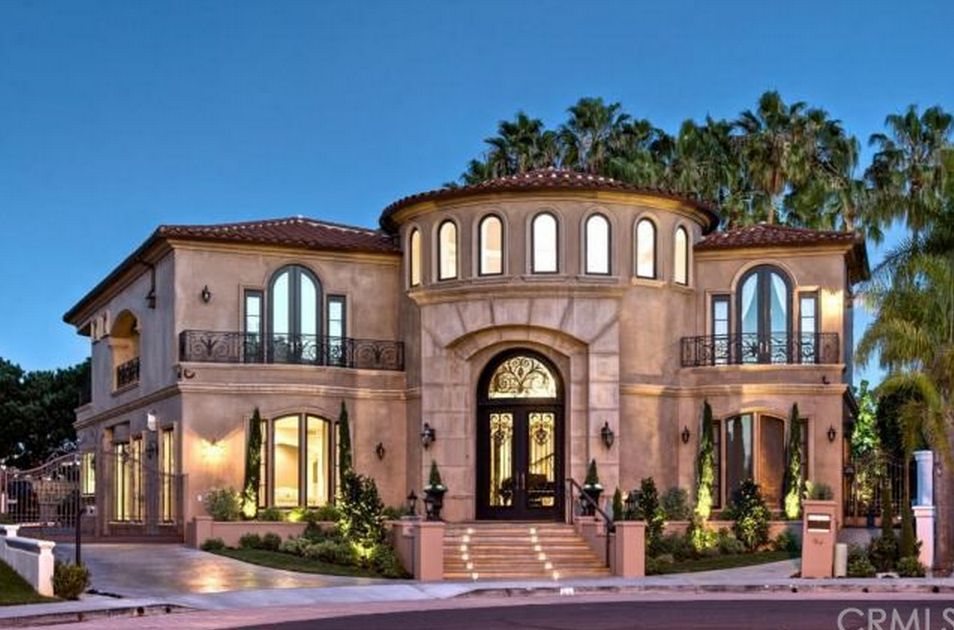 Million mediterranean home in dana point ca for Rich homes in california